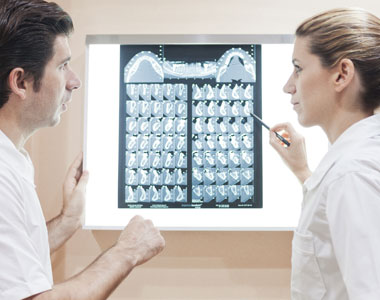 Cuidamos tus dientes en Centro Médico Las Tablas